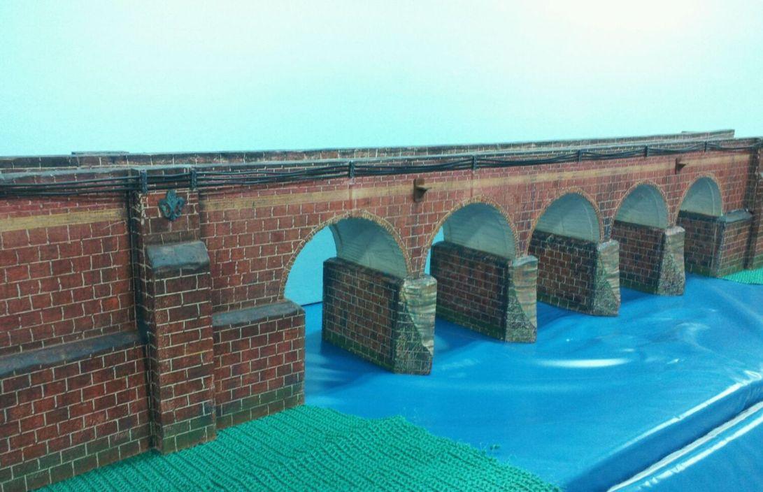 5 arch O gauge stone arch bridge